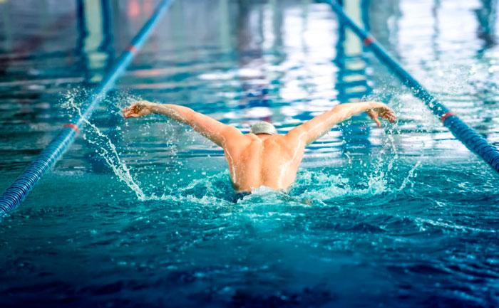 Quante calorie si consumano nel nuoto?